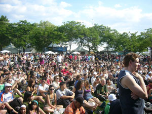 Harbourfront festivals draw big crowds