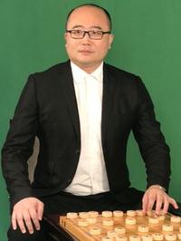 Li HongJia